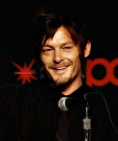 OMG!!!!! THIS HAS TO BE ONE OF FAVORITE PICS OF NORMAN…HE'S SOOOOO SEXY!!!!