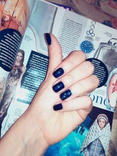 Galaxy Blue Nails. Mesauda Semi-permament #mesauda #nails #bluenails