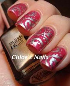 Red nails with design