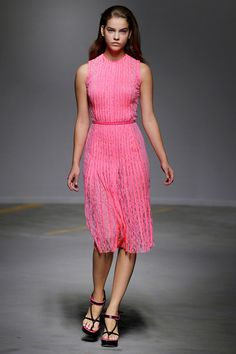Christopher Kane Pink Fashion, Fashion Show, Luxury Fashion, Sheer Dress, Lace Dress, Going Out Outfits, Classy Casual, Christopher Kane, Maxi Skirts