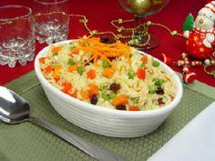 O Arroz a Grega é fácil de fazer, delicioso e perfeito para ocasiões especiais. Faça o arroz a grega e agrade toda a família. Não perca!
