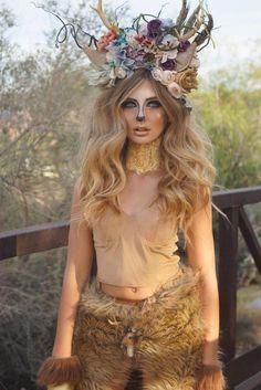 corona na mao Adult Deer Antler Headband Antler Crown Adult Deer Costume Costume Alice, Bambi Costume, Pocahontas Costume, Jasmine Costume, Cowgirl Costume, Mermaid Costumes, Deer Antlers Headband, Horn Headband, Fantasias Halloween