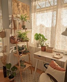 Cute Room Decor, Cute Room Ideas, Small Room Decor, Room Ideas Bedroom, Bedroom Inspo, Bedroom Inspiration Cozy, Bedroom Decor Teen, Girls Bedroom, Bedroom Ideas For Small Rooms Cozy