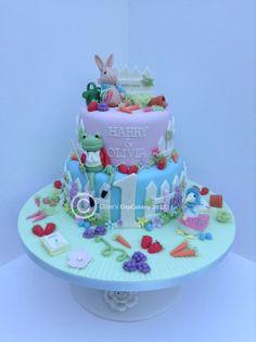 Beatrix Potter Peter Rabbit Cake - by Clarescupcakery @ CakesDecor.com - cake decorating website