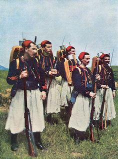 French Zouave uniforms were ideal subject matter until it was realized the brightness made soldiers easy targets. (Jules Gervais-Courtellemont/Courtesy of Taschen)