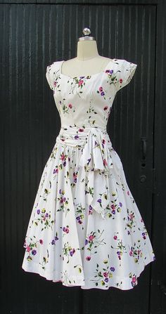Vintage 1950's Floral Day Dress 1950's white with by lovestreetsf