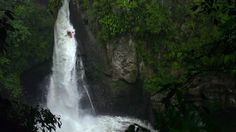 CASCADA – Watterfall Canoeing in the Mexican Jungle (Clip)