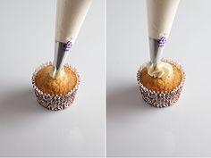 como cubrir cupcakes con manga 2
