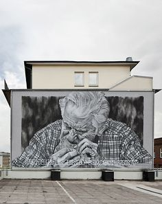 Ecb aka Hendrik Beikirch  -   petespizzeria / 2010   spraypaint, emulsion paint on concrete / 26x43ft, 8x13m