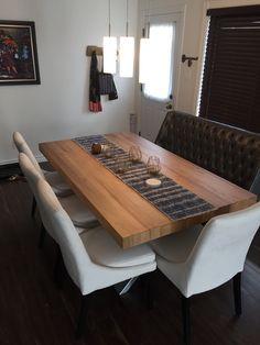 TABLE ORLÉANS - MERISIER - BLONDE - GRADE A - 72'' X 42'' - 3'' ÉPAIS - CHAISES SINATRA C-818 - MERIDIAN DU534-5  #surmesure #lusine #table #orleans #merisier #meridian #banquette #du5345 #c818 #blonde