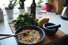 Köstliche Bärlauchrezepte - Feel the Meal Cereal, Meals, Breakfast, Food, Leek Recipes, Meal, Food Food, Diy Home Crafts, People