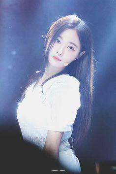 180626 @ Mini Album 'Fun To The World' Showcase Concert Pretty Asian, Pretty And Cute, Beautiful Asian Girls, Kpop Girl Groups, Korean Girl Groups, Kpop Girls, Korean Beauty, Asian Beauty, Cute Girls