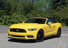 The 2016 #Ford #Mustang GT Convertible makes life beautiful | Car Reviews | Auto123