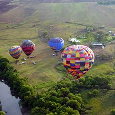 Bill Harrops Hot Air Balloons - Magaliesberg. Something one has to do at least once in a lifetime. Fabulous !!