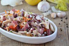 L'insalata di calamari e polpo è un piatto fresco e leggero, è ideale da servire in estate come antipasto o come secondo piatto.
