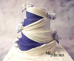 ivory and purple cake - Cake by Mé Gâteaux