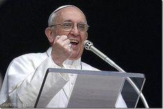 El Papa Francisco reitera su llamado internacional para evitar las muertes - http://www.leanoticias.com/2015/04/19/el-papa-francisco-reitera-su-llamado-internacional-para-evitar-las-muertes/