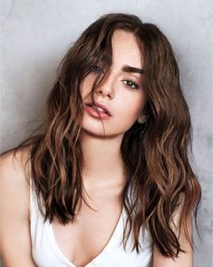 Find images and videos about beauty and lily collins on We Heart It - the app to get lost in what you love. Actrices Sexy, Pretty People, Hair Goals, New Hair, Hair Inspiration, Curly Hair Styles, Makeup Looks, Beauty Hacks, Hair Makeup