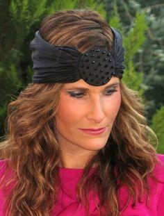 Vestido fucsia con turbante − Look de conpasochic en STYLIGHT