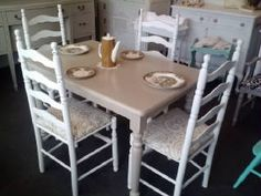 Vintage Painted Kitchen / Dining Table & Chairs, dinette, kitchen table, dining room table, table and four chairs. vintage painted shabby chic kitchen table and chairs