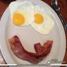 Bom dia! Servidos?   Que Tal Aprender Algo Novo Hoje?  Descubra Passo a Passo Como Definir o Corpo!  Acesse Agora ➡ https://SegredoDefinicaoMuscular.com/  #bomdia #goodmorning #cafédamanhã #breakfast #fit #AlimentaçãoSaudável #EstiloDeVidaFitness #ComoDefinirCorpo  #SegredoDefiniçãoMuscular