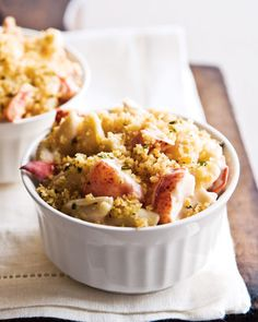 I would love to try this Gourmet Lobster Mac and Cheese!