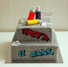 A Graffiti cake for a birthday girl. The letters are the same as on her invitation. Bar Mitzvah Themes, Prince Cake, Painted Cakes, Dessert Decoration, Cupcake Cookies, Cupcakes, Specialty Cakes, Occasion Cakes, Cakes For Boys