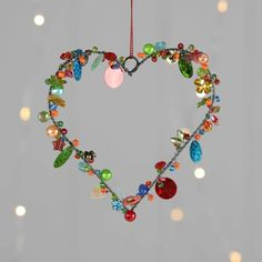 Nest Stunning Beads And Sequins Christmas Star And Hearts Fun Crafts, Diy And Crafts, Crafts For Kids, Arts And Crafts, Valentine Crafts, Valentines Day Decorations, Christmas Crafts, Christmas Star, Angel Crafts