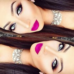 Winged eyeliner - Bright pink lips