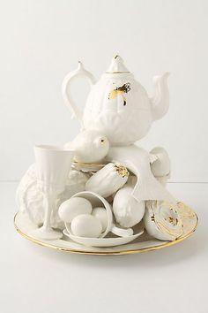 eclectic teapot centerpiece