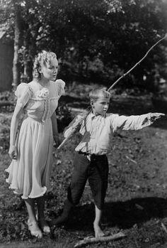 Sirkka Sipilä and an unknown boy in Aatamin Puvussa ja Vähän Eevankin Cinema Movies, Film Industry, Old Movies, Movie Stars, Old School, Couples, Tv, Couple Photos, Finland