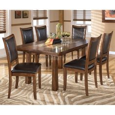 Croften Rectangular Dining Room Set