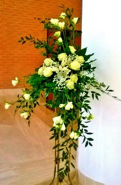 Best Beautiful Flowers Arrangement Ideas For Your Wedding - Life Hack Alter Flowers, Church Flowers, Funeral Flowers, Large Flowers, Silk Flowers, Large Flower Arrangements, Funeral Flower Arrangements, Memorial Flowers, Valentines Flowers