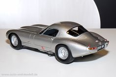 Spielwarenmesse 2015 - Cult Scale Models, 1:18 | auto & modell