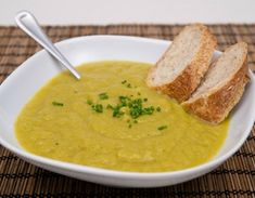 Meatless Monday: Broccoli Superfood Soup. I am enamored with broccoli recently!