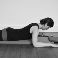 What causes scoliosis & the best pilates exercises to manage this condition from our physiotherapy team. Cambridge based clinic - Blog.