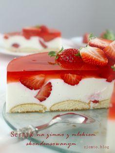 Strawberry Charlotte Cake-Happy Meal TimeSource From Strawberry Charlotte Cake delicious. Summer Desserts, Easy Desserts, Delicious Desserts, Yummy Food, Italian Desserts, Japanese Strawberry Shortcake, Fresh Strawberry Cake, Strawberry Mousse, Food Cakes