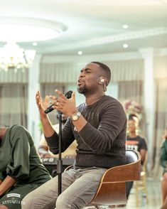 Singer, songwriter, and worship leader Joe Mettle is out with a new single dubbed Ye Obua Mi. The song was titled in the Ghanaian Ga language and it literally translates in English as My Help. Joe Mettle delivered a fervent interpretation of how unwavering the love of God is when... The post Joe Mettle – Ye Obua Mi (My Help) first appeared on Playlistgh.