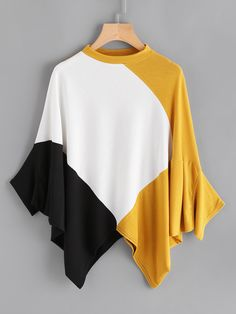 Shop Cut And Sew Panel Hanky Hem Batwing Tee online. SheIn offers Cut And Sew Panel Hanky Hem Batwing Tee more to fit your fashionable needs. Fashion Prints, Love Fashion, Fashion Outfits, Fashion Design, Autumn Fashion, Basic Wardrobe Pieces, Mode Kimono, Diy Clothes, Clothes For Women