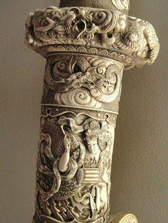 Кинжал в ножнах из слоновой кости, с такой же цубой и рукоятью. Джорджа Уолтера Винцента Смита. Спрингфилд, США.