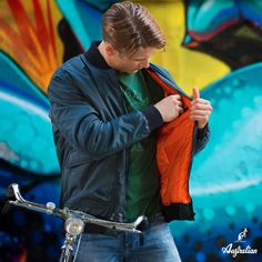 How #intense a #color explosion can be? Find it out along with #Australian. #newcollection #2016 #menswear #graffiti #urban #lifestyle   http://bit.ly/2dVaBZF