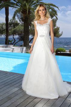 Ladybird Wedding Dress 416051 http://www.valkengoed.nl/