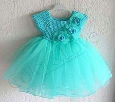 Tule and crochet dress idea for amigurumi dolls. Baby Girl Tutu, Baby Girl Crochet, Little Girl Dresses, Crochet For Kids, Knit Crochet, Crochet Ideas, Baby Girls, Crochet Things, Thread Crochet