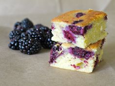 Blackberry tea cake - yum! Would probably be excellent with blueberries, too, which are in season in Nac.