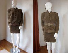 Women's vintage fall winter fashion designer outfit idea Valentino