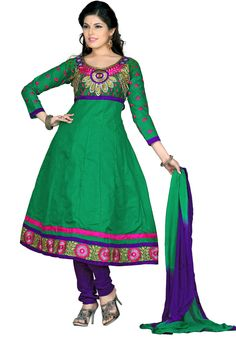 This ready to stitch salwar suit with catchy green color touch keeps you alluring all day