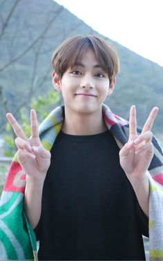 Although he is almost 22 years old, he looks like 18 V ~ Taehyung ~ BTS V Taehyung, Bts Bangtan Boy, Bts Jungkook, Namjoon, Taehyung Fanart, Daegu, V Bts Cute, I Love Bts, Foto Bts