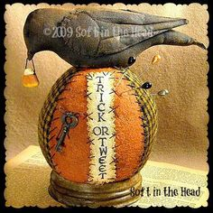Trick or Tweet Pin Keep E-Pattern by softinthehead on Etsy