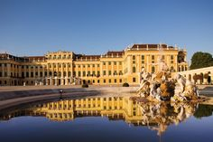 If you want to live like an emperor or empress for some days, feel free to contact us. :) #feelingRoyal www.austria-trend.at/Suite-Schloss-Schoenbrunn/en/