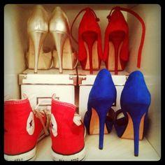 An intruder in my shoe rack!  Hello, Marie-Antoinette ;)